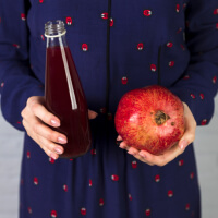 Drink Pomegranate Juice picture