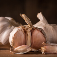 Eat Garlic picture